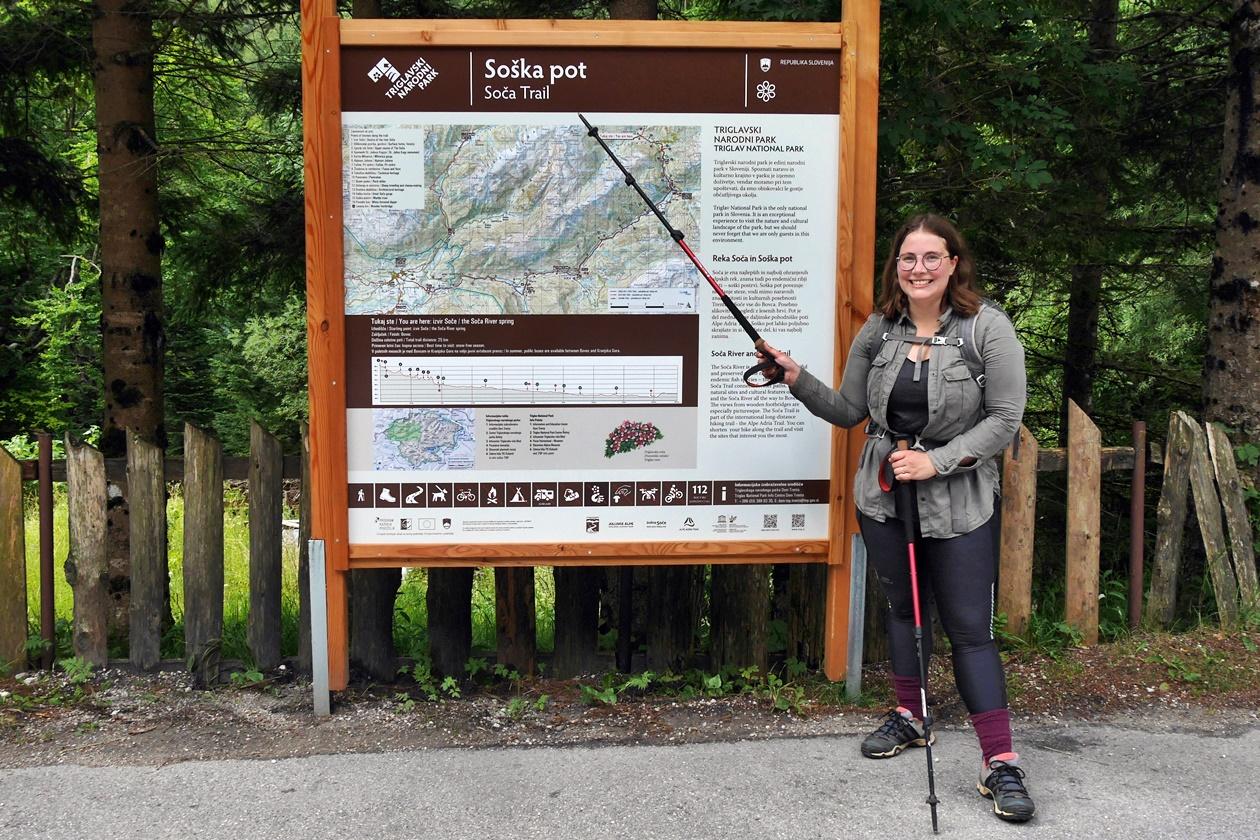 Lynn am Start Punkt des Soča Trails
